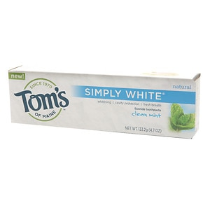 Tom's of Maine Simply White Natural Fluoride Toothpaste, Clean Mint- 4.7 oz